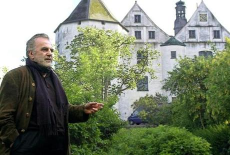Mr. Schell posed in 2002 in front of Gluecksburg Castle in Germany.